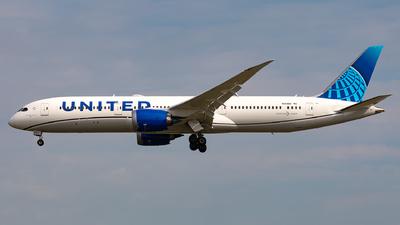 A picture of N24980 - Boeing 7879 Dreamliner - United Airlines - © Sebastian Sowa