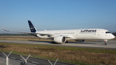 A picture of DAIXB - Airbus A350941 - Lufthansa - ©  Tim Foullois