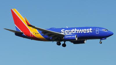 N7817J - Boeing 737-7L9 - Southwest Airlines