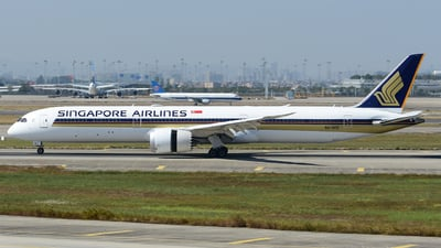 9V-SCE - Boeing 787-10 Dreamliner - Singapore Airlines