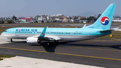 HL8243 - Boeing 737-8Q8 - Korean Air