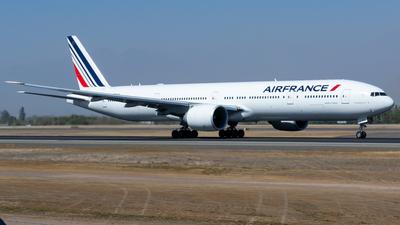 F-GZNQ - Boeing 777-328ER - Air France