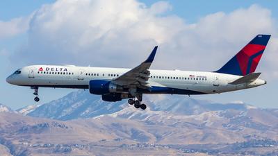 N555NW - Boeing 757-251 - Delta Air Lines