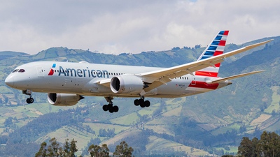 A picture of N870AX - Boeing 7878 Dreamliner - American Airlines - © Martin Blanco C