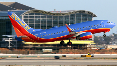 N464WN - Boeing 737-7H4 - Southwest Airlines