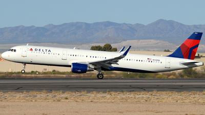 A picture of N112DN - Airbus A321211 - Delta Air Lines - © Jason Whitebird