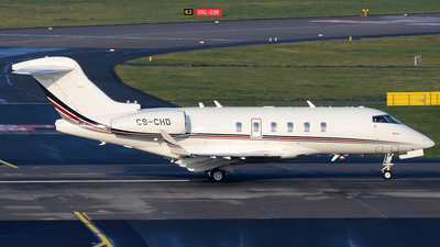 A picture of CSCHD - Bombardier Challenger 350 - NetJets - © Bjoern Huke