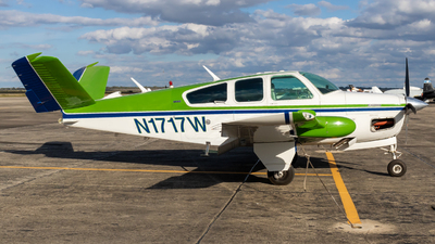 N1717W - Beechcraft V35B Bonanza - Private
