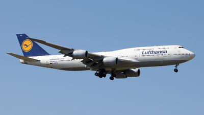 A picture of DABYC - Boeing 747830 - Lufthansa - © Zongzha_Kaiguan