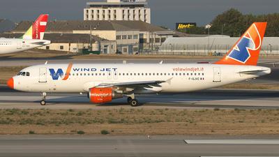 F-GJVC - Airbus A320-211 - Windjet
