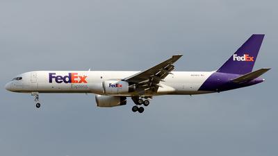 A picture of N979FD - Boeing 757236(SF) - FedEx - © RAFAEL FERNANDEZ ABARCA