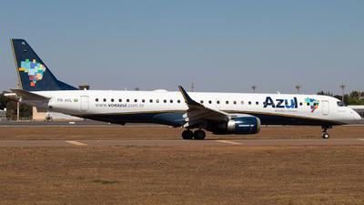 A picture of PRAYL - Embraer E195AR - Azul Linhas Aereas - © Isaque Santos