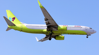 A picture of HL8225 - Boeing 7378Q8 - Jin Air - © REDSOX