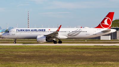 A picture of TCLSC - Airbus A321271NX - Turkish Airlines - © TG Aviation Spotter