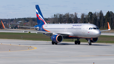 A picture of VPBFH - Airbus A320214 - Aeroflot - © Anton Tochilkin