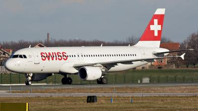 HB-JLS - Airbus A320-214 - Swiss