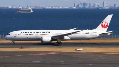 A picture of JA868J - Boeing 7879 Dreamliner - Japan Airlines - © Y. Yoshida