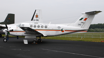 240 - Beechcraft 200 Super King Air - Ireland - Air Corps