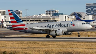 N829AW - Airbus A319-132 - American Airlines