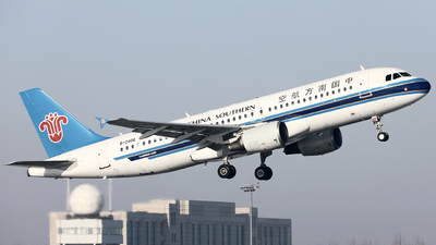 A picture of B2406 - Airbus A320214 - China Southern Airlines - © Liu Zhanxu