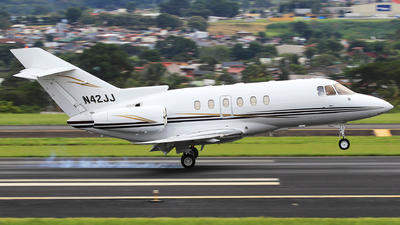 N42JJ - Raytheon Hawker 800XP - Private