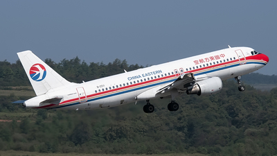 B-2211 - Airbus A320-214 - China Eastern Airlines