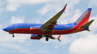 N966WN - Boeing 737-7H4 - Southwest Airlines