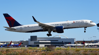 A picture of N539US - Boeing 757251 - Delta Air Lines - © Rocky Wang