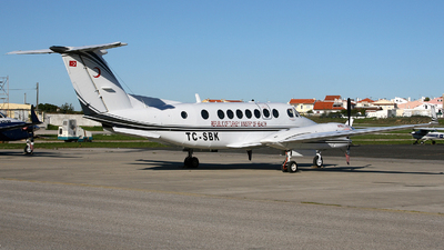TC-SBK - Beechcraft B300C King Air 350C - Turkey - Ministry of Health