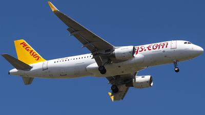 A picture of TCDCI - Airbus A320216 - Pegasus Airlines - © Furkan Borakazi