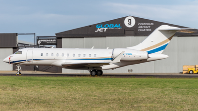 T7-RUS - Bombardier BD-700-1A11 Global 5000 - Private