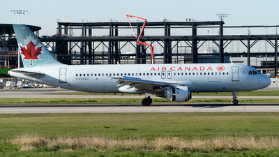 C-FDQQ - Airbus A320-211 - Air Canada