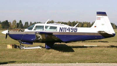 N1149B - Mooney M20K-231 - Private