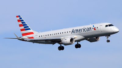 N944UW - Embraer 190-100IGW - American Airlines