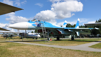 40 - Sukhoi Su-27P Flanker - Belarus - Air Force