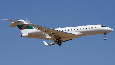 LX-PAK - Bombardier BD-700-1A10 Global Express XRS - Private