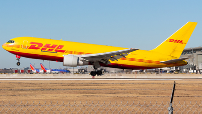 A picture of N652GT - Boeing 767231(BDSF) - DHL - © Saul Hannibal