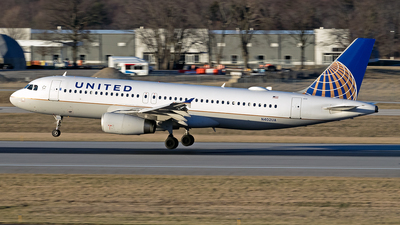 A picture of N402UA - Airbus A320232 - United Airlines - © mariaPGAer