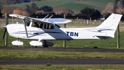 ZK-TBN - Cessna 172S Skyhawk SP - Private