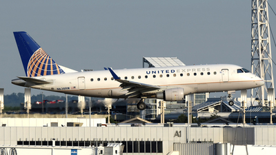 A picture of N638RW - Embraer E170SE - United Airlines - © DJ Reed - OPShots Photo Team