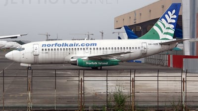 VH-OZD - Boeing 737-229(Adv) - Norfolk Air (OzJet)