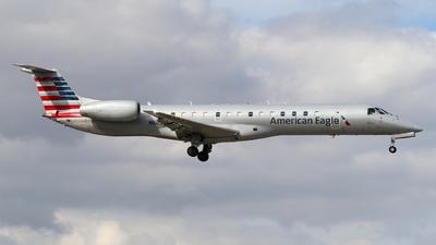 A picture of N605KS - Embraer ERJ145LR - American Airlines - © Andriy Yegorov