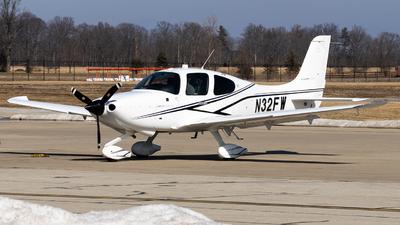 N32FW - Cirrus SR20-G6 - Private