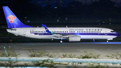 A picture of B1413 - Boeing 73781B - China Southern Airlines - © Liu Zihao