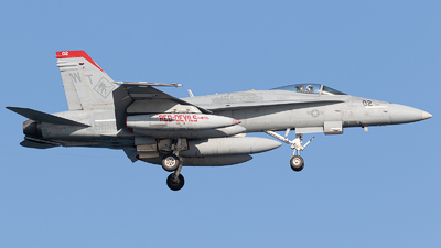 165208 - McDonnell Douglas F/A-18C Hornet - United States - US Marine Corps (USMC)