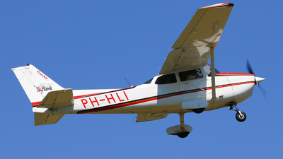 PH-HLI - Cessna 172S Skyhawk SP - Private