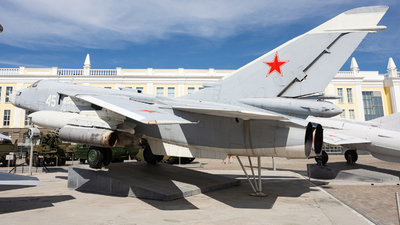 45 - Sukhoi Su-24M Fencer D - Russia - Air Force