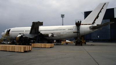 D-AHLB - Airbus A310-304 - Hapag-Lloyd