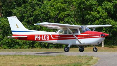 PH-LDS - Cessna 172F Skyhawk - Private