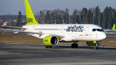 A picture of YLAAS - Airbus A220300 - Air Baltic - © Alexey Perfilyev